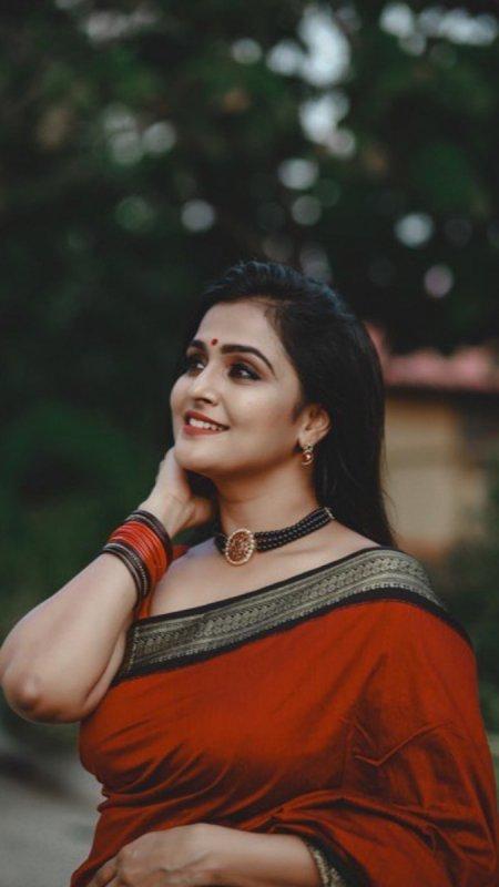 Remya Nambeesan South Actress Recent Stills 1667