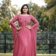 Tamil Actress Remya Nambeesan Recent Albums 3924
