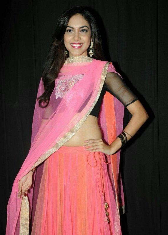 Cinema Actress Ritu Varma New Stills 4912