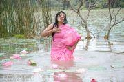 Roopa Kaur Pics 718
