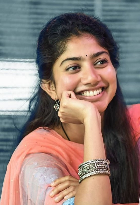 May 2020 Still Sai Pallavi Tamil Heroine 5430