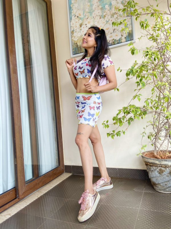 Actress Sakshi Agarwal Still 8745