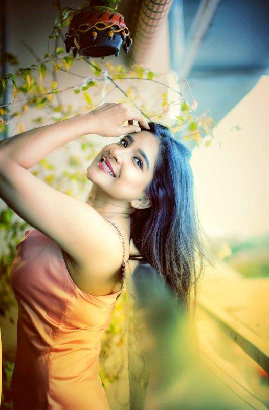 Latest Picture Sakshi Agarwal Indian Actress 729