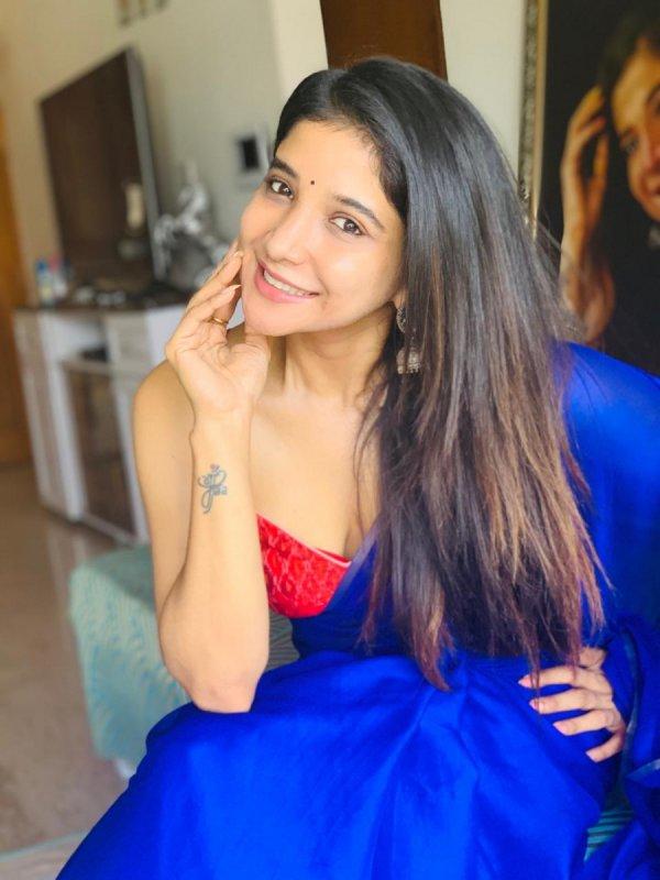 New Image Sakshi Agarwal Tamil Movie Actress 4925