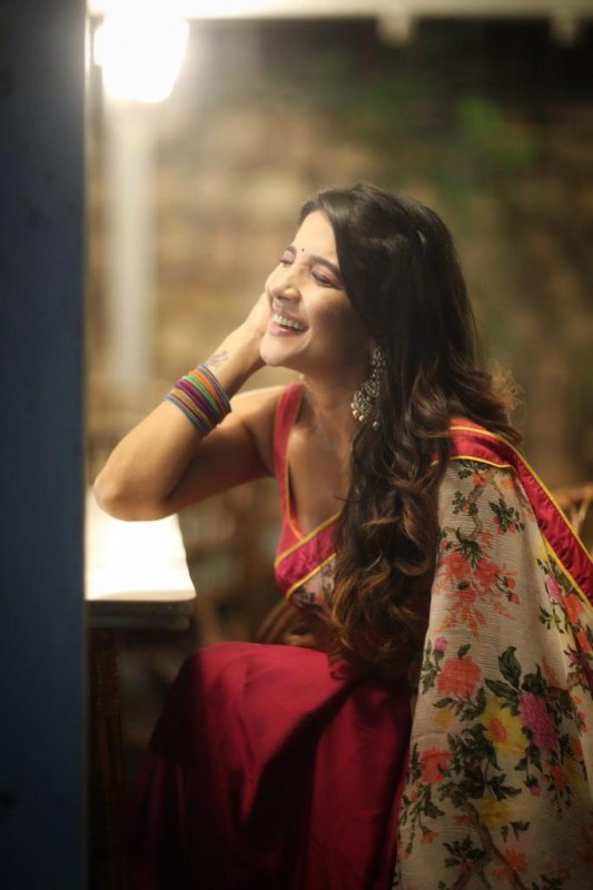 Nov 2019 Still Sakshi Agarwal Actress 5587