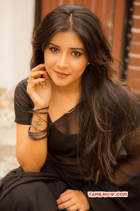 Sakshi Agarwal Indian Actress Latest Wallpaper 3181