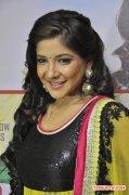 Tamil Actress Sakshi Agarwal 4236