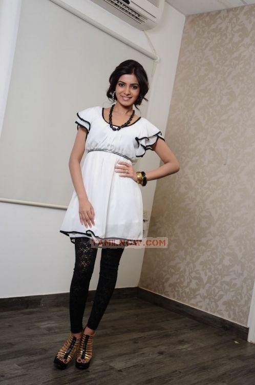 Actress Samantha 3660