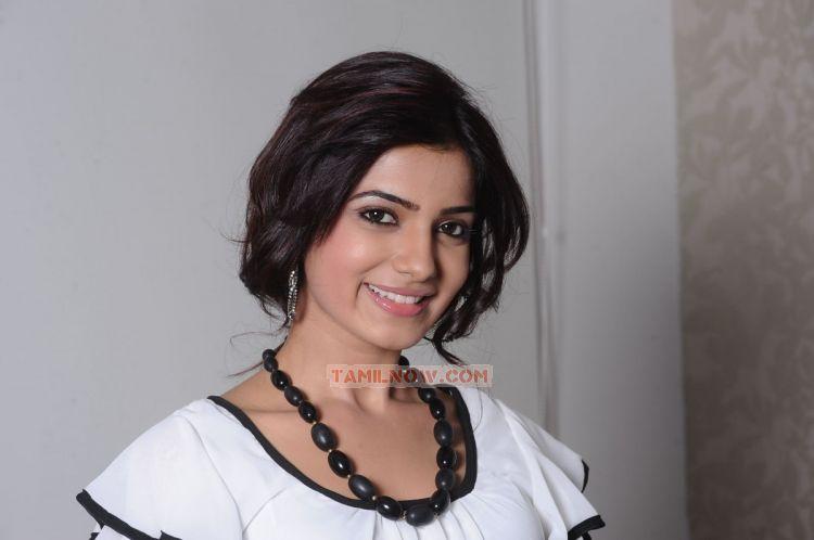 Actress Samantha 7540