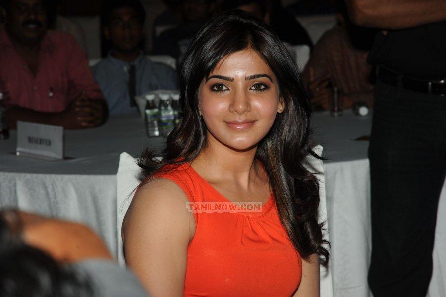 Tamil Actress Samantha 2002