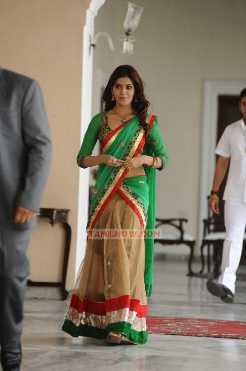 Tamil Actress Samantha Photos 9528