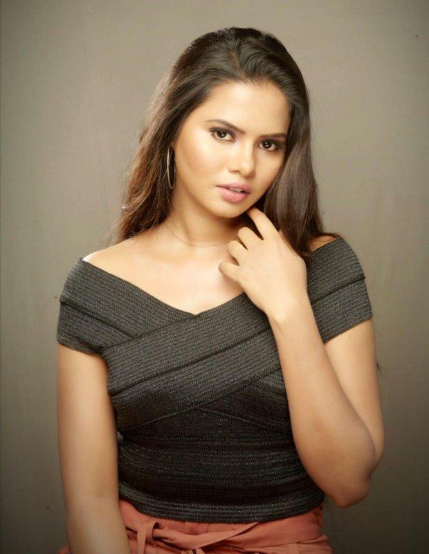 Actress San Riyah New Galleries 3310