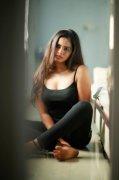 Cinema Actress San Riyah Latest Pictures 858