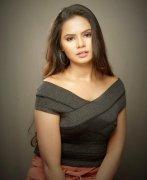 Photos Movie Actress San Riyah 7941