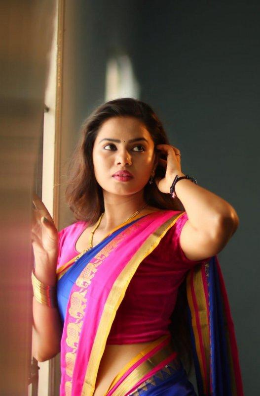 Picture Movie Actress San Riyah 5199