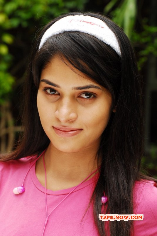 Saneya Thara South Actress 2015 Image 7015