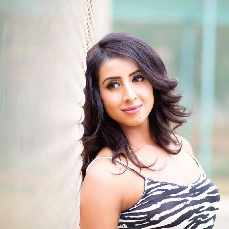 2020 Picture South Actress Sanjana Galrani 3939