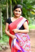 Actress Sarayu Photos 8194