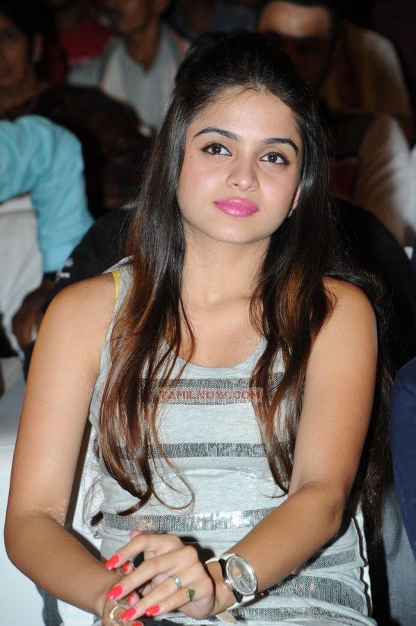 Tamil Actress Sheena Shahabadi 769