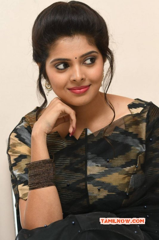 Latest Photos South Actress Shravya Reddy 6127