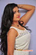 Actress Shreya Vyas New Image 1192