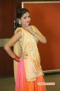 Tamil Movie Actress Shreya Vyas 2016 Wallpaper 582