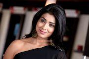Shriya Saran 4715