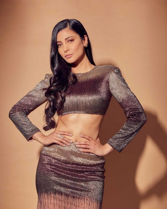 Shruthi Haasan Cinema Actress May 2020 Pics 9678
