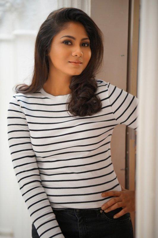 New Image Shruthi Reddy Film Actress 6349