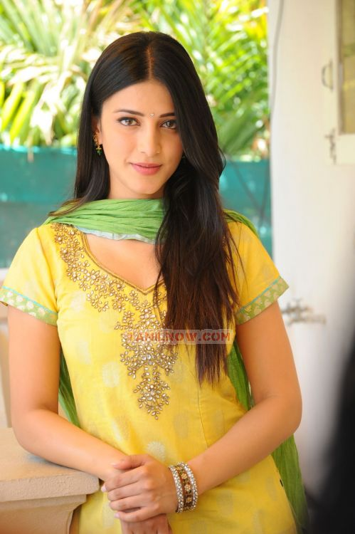 Shruti Haasan 126 - Tamil Actress Shruti Haasan Photos