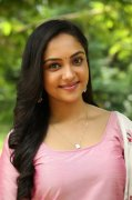 Smruthi Venkat Tamil Movie Actress Latest Pictures 112