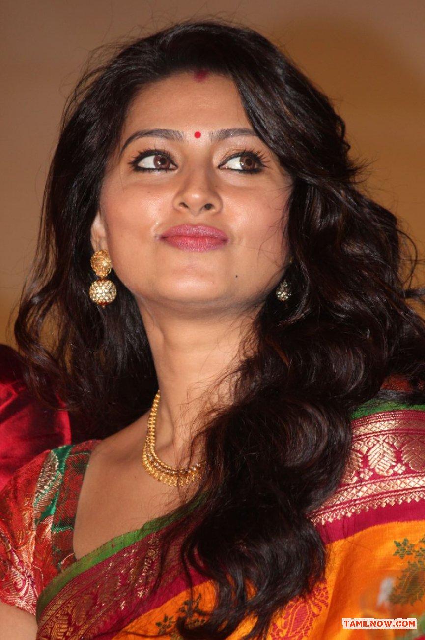 Tamil Actress Sneha Photos 9417