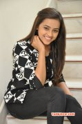 2015 Photo Sri Divya Tamil Heroine 1789