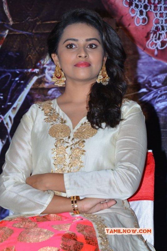 Latest Picture Tamil Movie Actress Sri Divya 3814