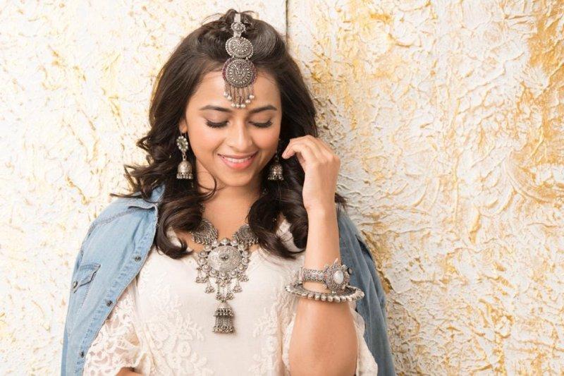 Movie Actress Sri Divya New Album 9314