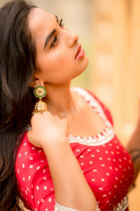 Latest Wallpaper Indian Actress Srushti Dange 4941