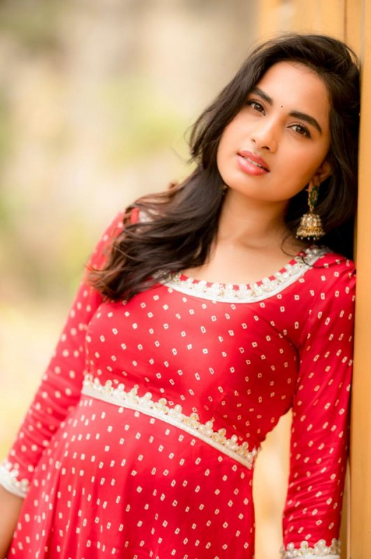 Movie Actress Srushti Dange Wallpapers 1413