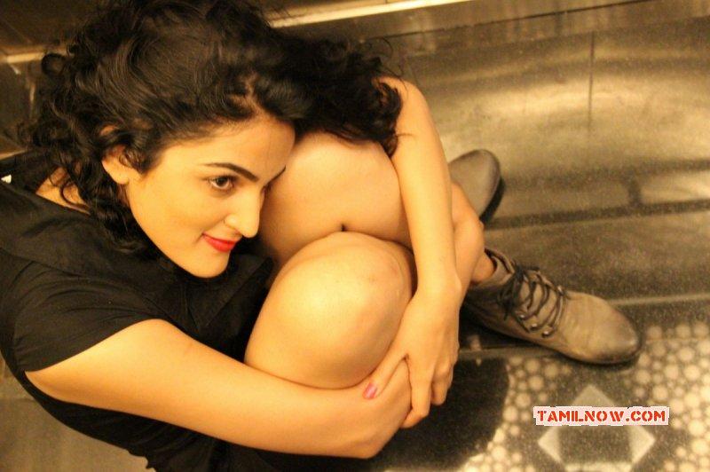 Sukratha Wagle Actress Latest Images 3095