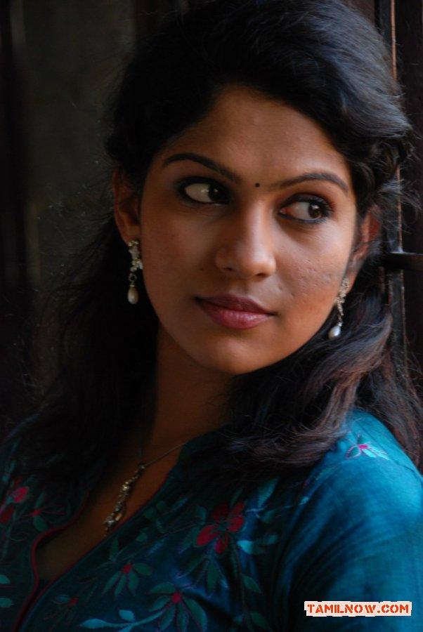 Tamil Actress Swasika 4301
