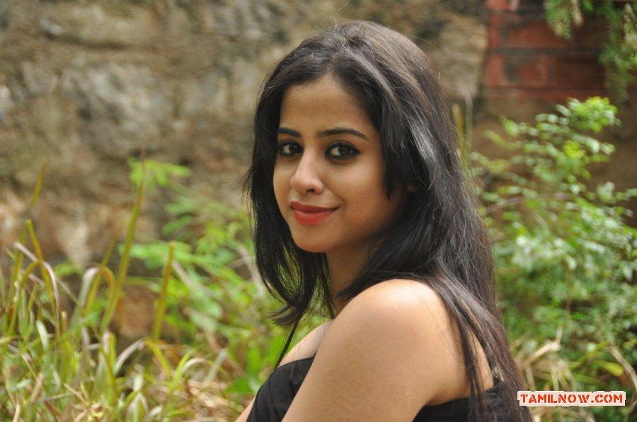 Actress Swathi Deekshit 1152