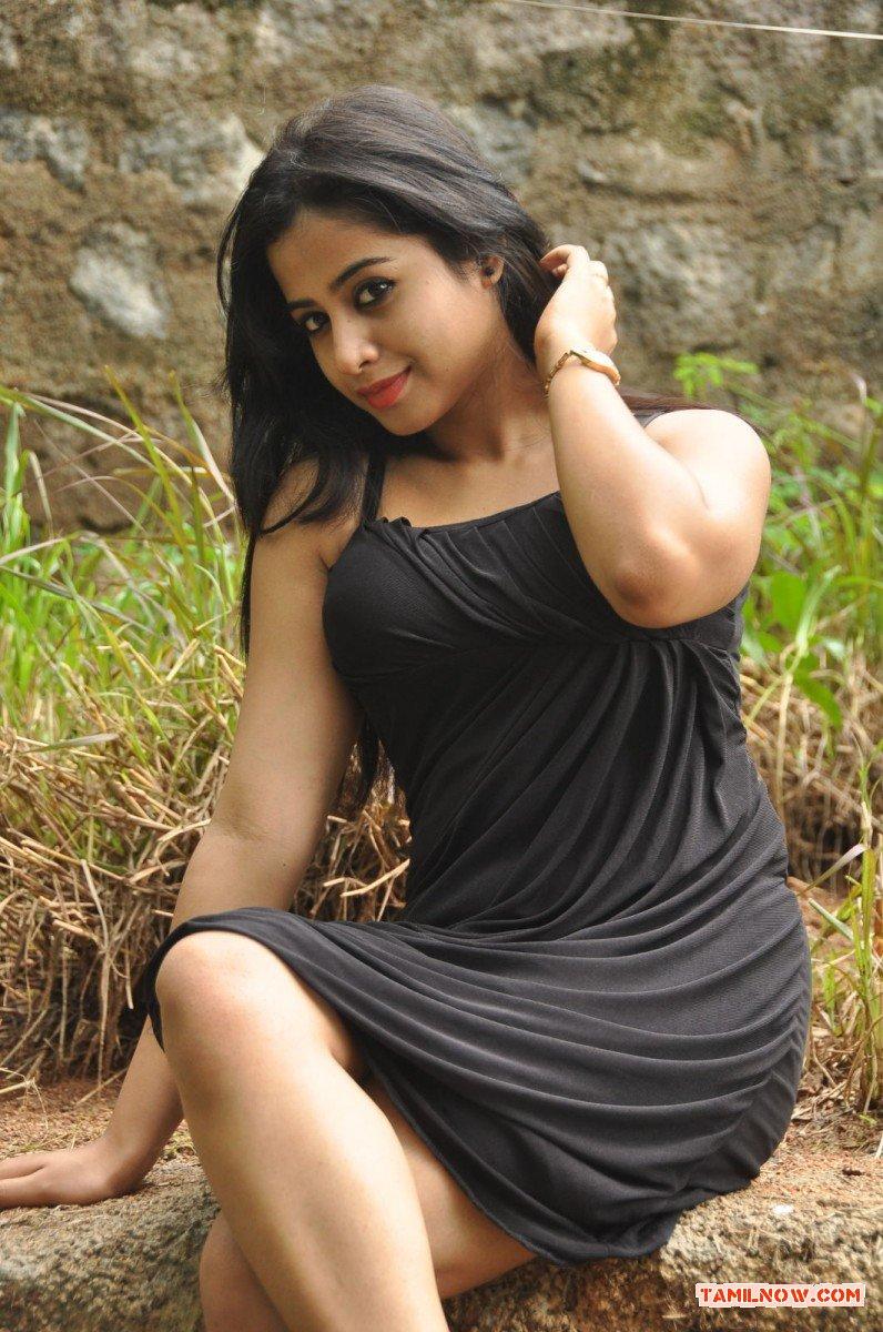 Actress Swathi Deekshit 3263