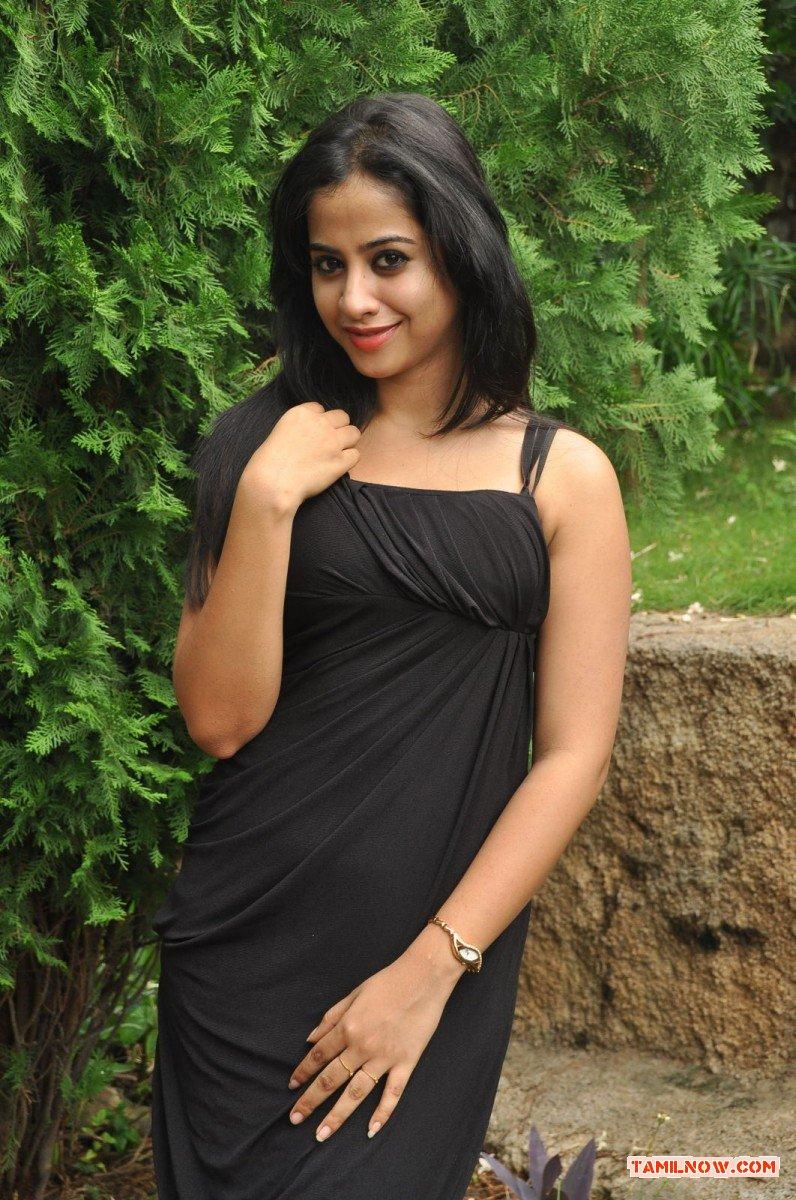 Tamil Actress Swathi Deekshit 6443