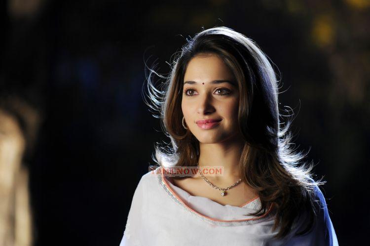 Actress Tamanna 5534