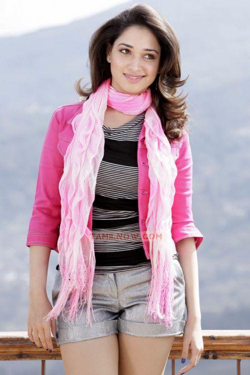 Actress Tamanna 5811