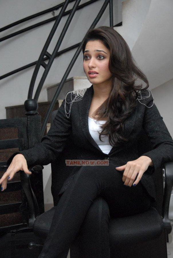Actress Tamanna 76