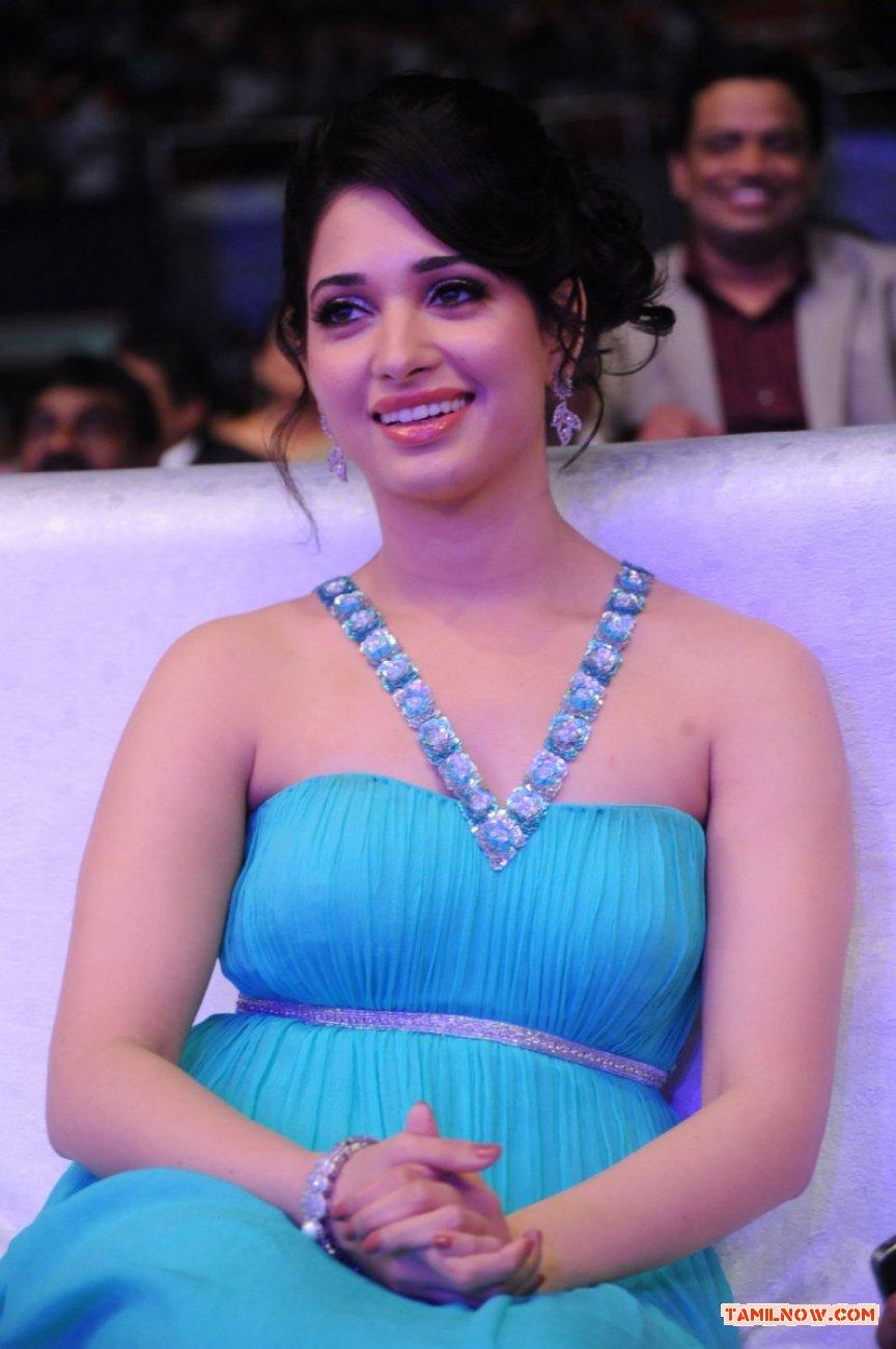 Actress Tamanna 8533