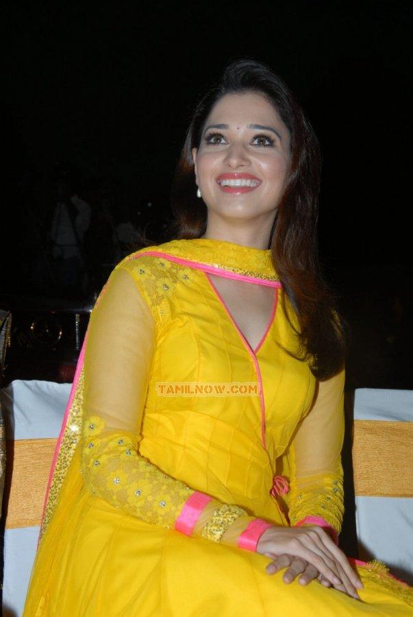 Actress Tamanna 8558