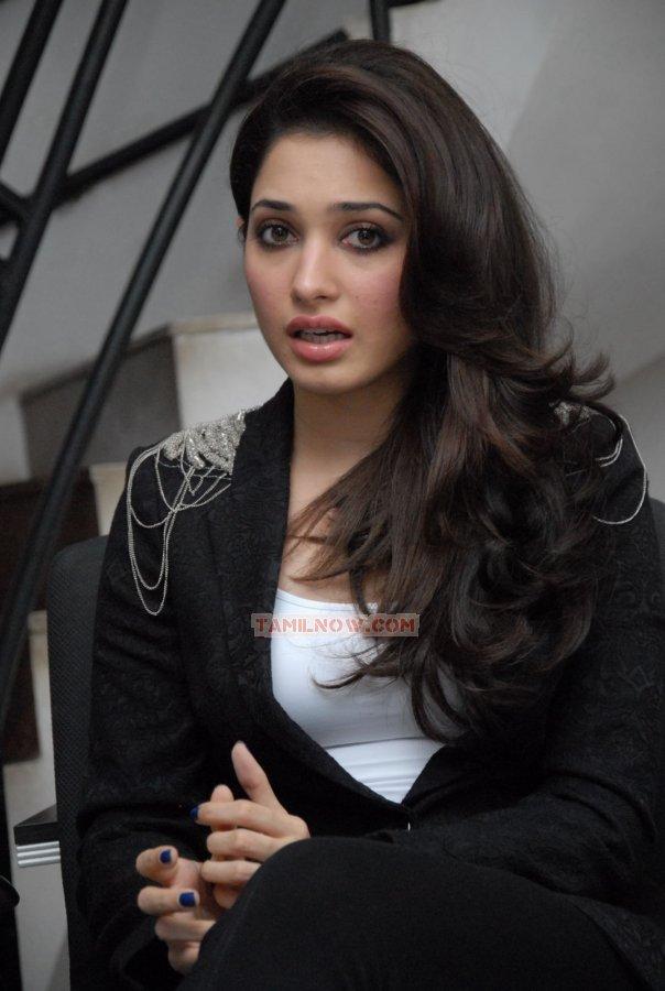 Actress Tamanna 9888
