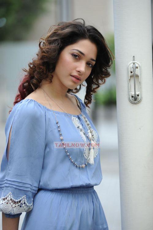 Actress Tamanna Photos 2323