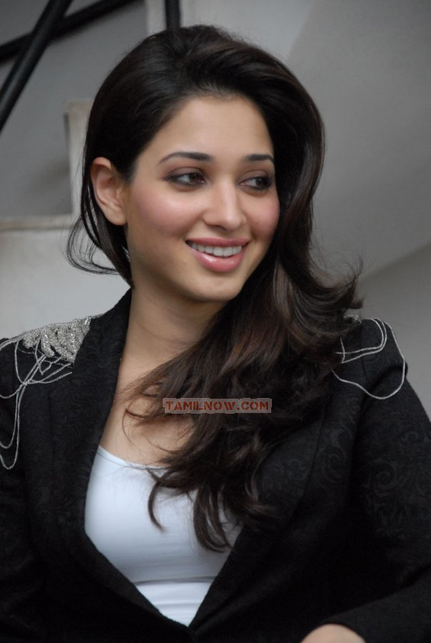 Actress Tamanna Photos 3645